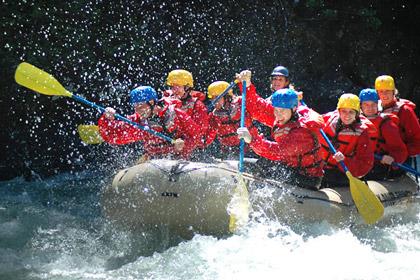 activities_summer_raft_420x280